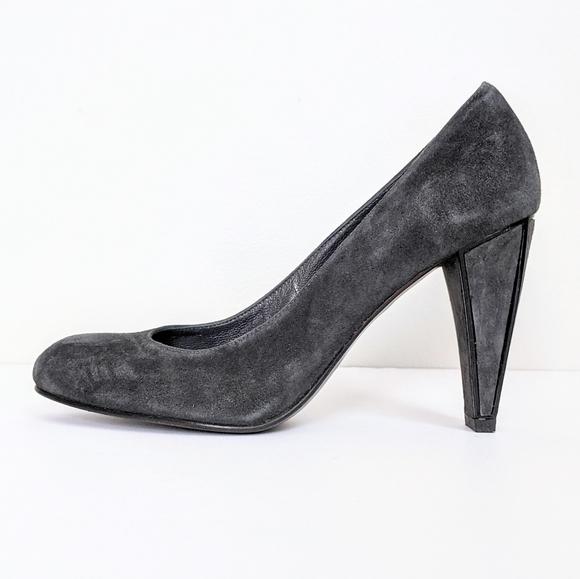 Stuart Weitzman Shoes - Stuart Weitzman Grey Suede Heels Made In Spain